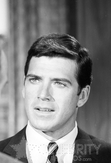 Van Williams Click to close full size